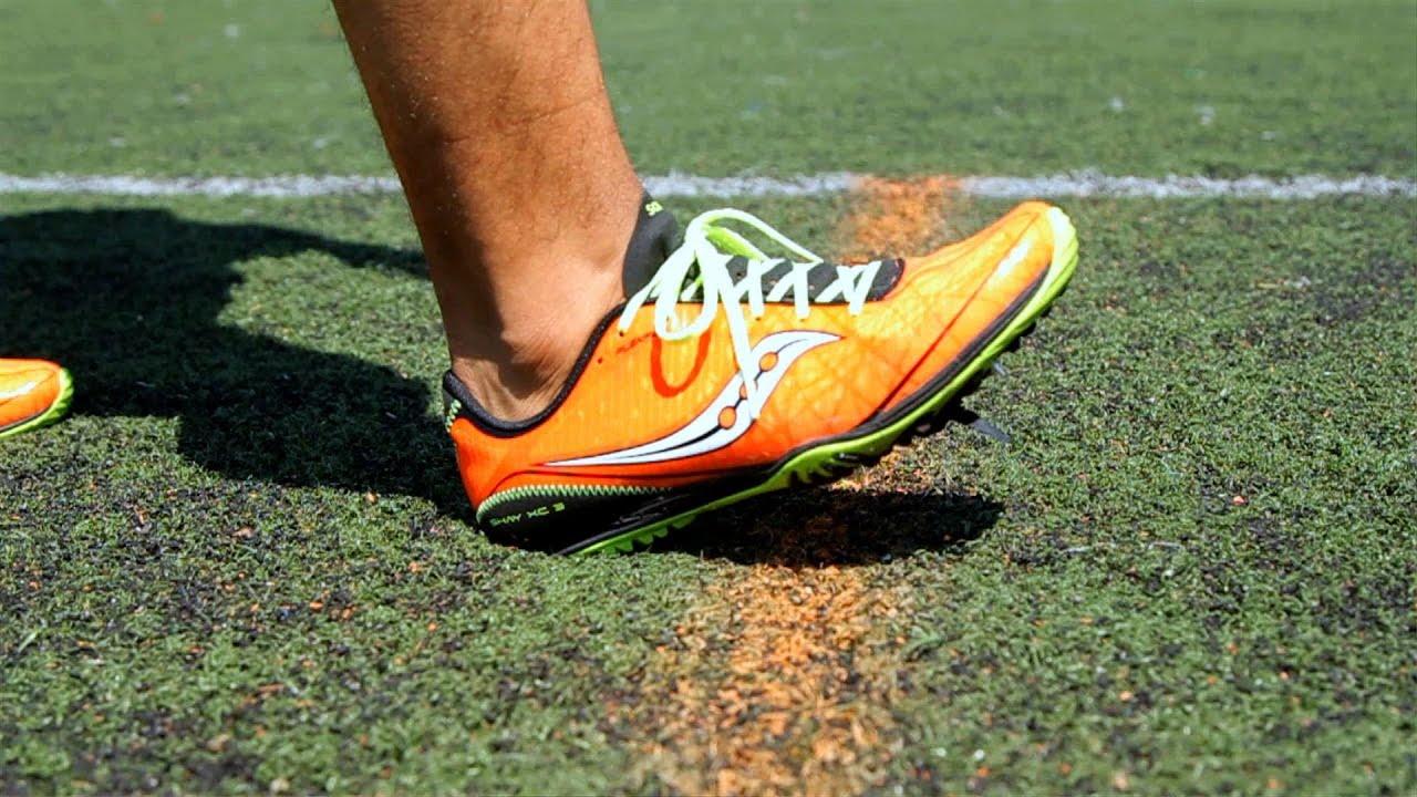 runner's feet on the ground